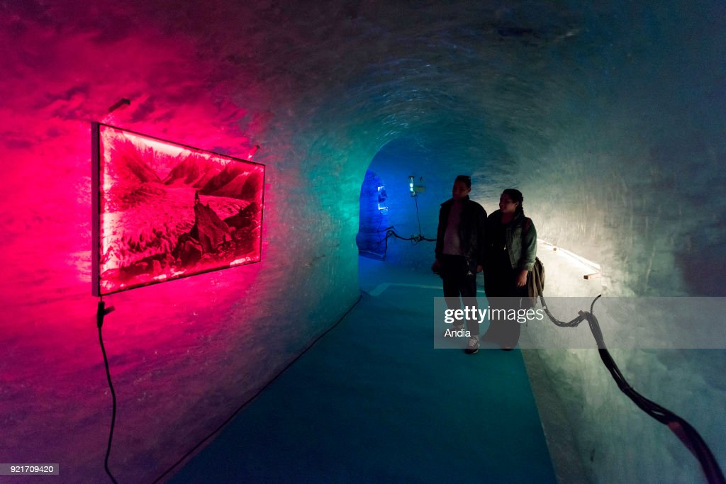Ice cave of the valley glacier 'Mer de Glace' (Sea of Ice). : News Photo