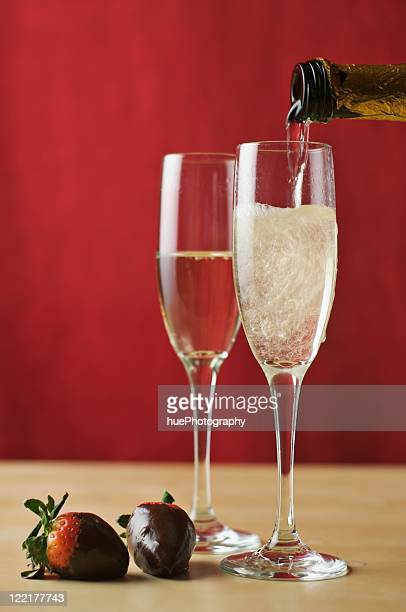 champagne and strawberries - chocolate dipped stock pictures, royalty-free photos & images