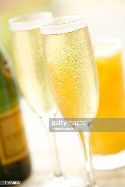 champagne breakfast - mimosa stock pictures, royalty-free photos & images