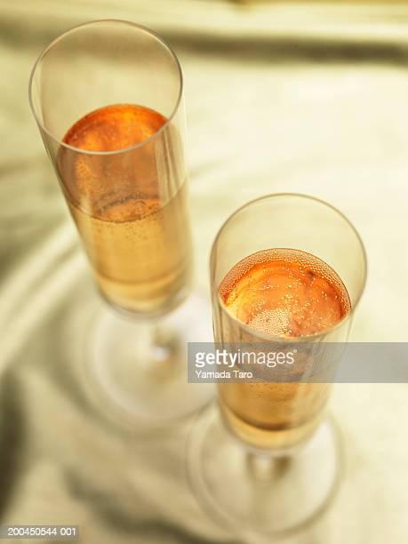 champagne in glasses - 上流社会 ストックフォトと画像