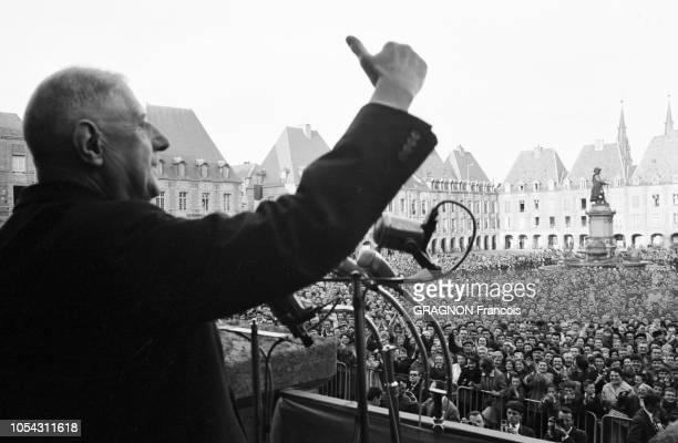 ChampagneArdenne France avril 1963 Le 18ème déplacement présidentiel du général Charles DE GAULLE en province Ici plan rapproché du chef d'Etat sur...