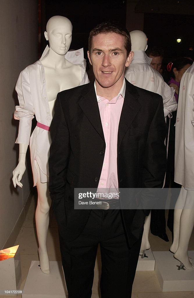 Champion Jockey Tony Mccoy, Lipstick On Your Collar, Thomas Pink's Shirt Auction In Aid Of The Haven Trust,auctioned Kisses From Famous Girls On Collars Of The White Shirts