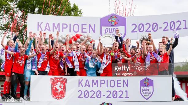 Champion season 2020-2021 FC Twente celebrate after the Play Offs Eredivisie Vrouwen match between FC Twente and ADO Den Haag at Sportcampus Diekman...