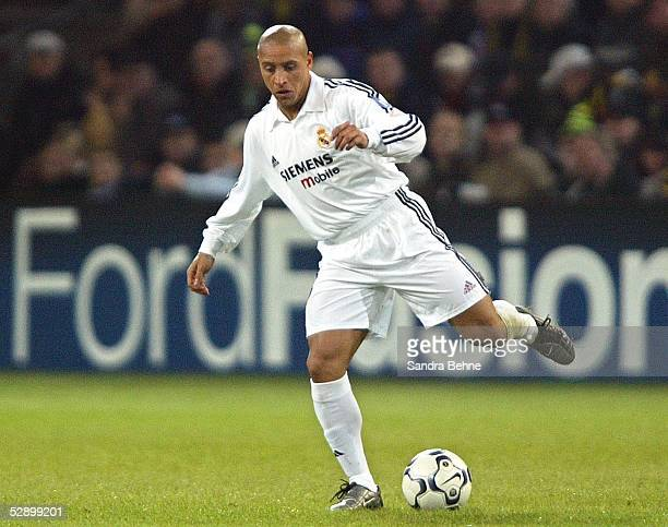Champions League 02/03 Dortmund Borussia Dortmund Real Madrid 11 Roberto CARLOS/Madrid