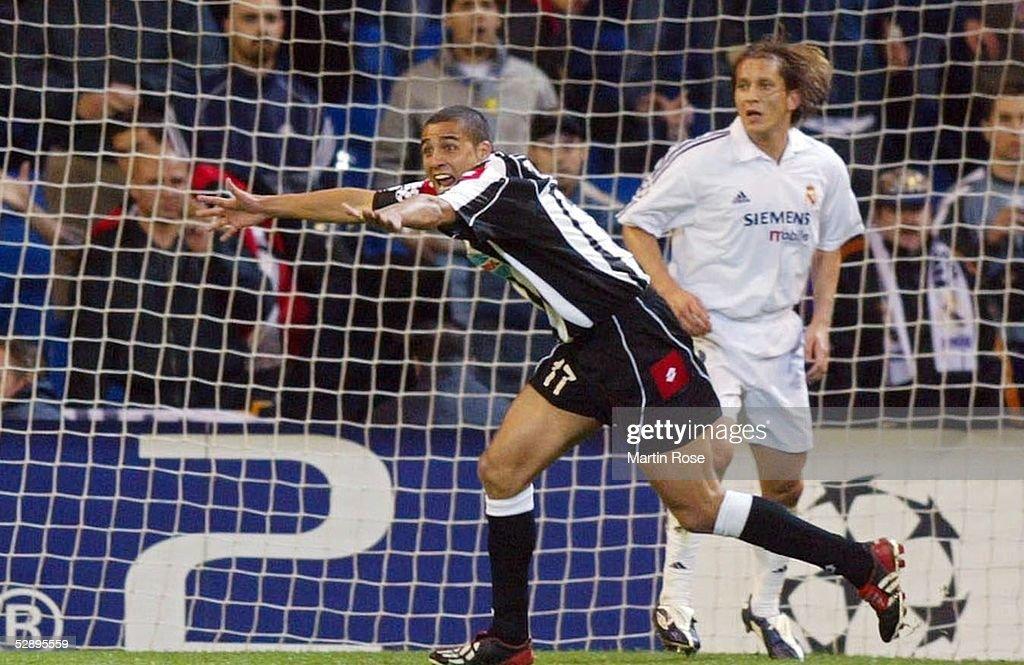 Fussball: CL 02/03, Real Madrid - Juventus Turin : News Photo