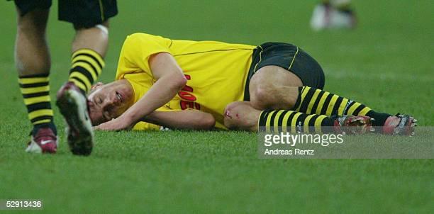 Champions League 02/03 Mailand AC Mailand Borussia Dortmund 01 Sebastian KEHL/Dortmund am Boden