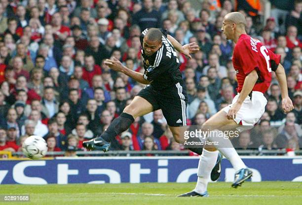 Champions League 02/03 Manchester Manchester United Real Madrid 01 Tor RONALDO/Real Rio FERDINAND/Manchester