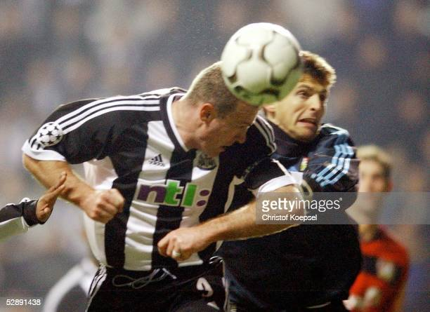 Champions League 02/03 Newcastle Newcastle United Bayer 04 Leverkusen Alan SHEARER/Newcastle Torwart Joerg BUTT/Leverkusen