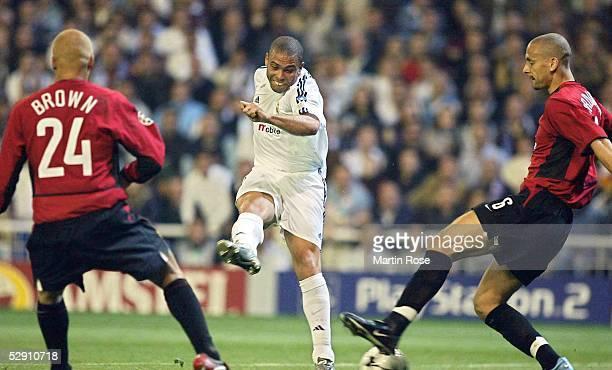 Champions League 02/03 Viertelfinale Madrid Real Madrid Manchester United 31 Wesley BROWN/Manchester Ronaldo/Madrid Rio FERDINAND/Manchester