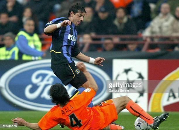 Champions League 02/03 Viertelfinale Mailand Inter Mailand FC Valencia Roberto AYALA/Valencia Francesco TOLDO/Mailand