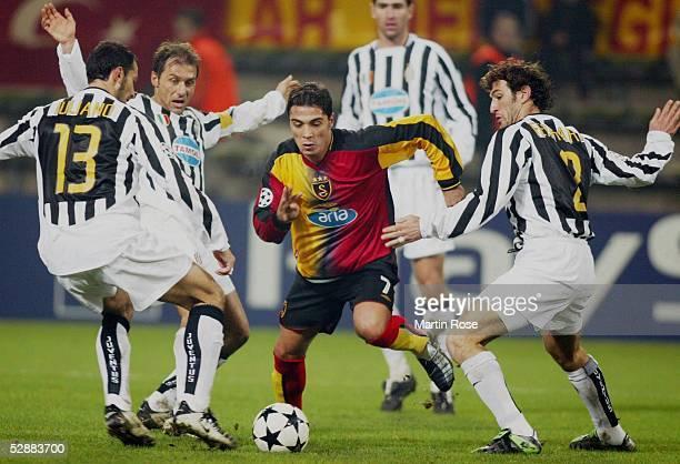 Champions League 03/04 Dortmund Galatasaray Istanbul Juventus Turin 20 Mark JULIANO Antonio CONTE/Juventus BERKANT Goektan/Galatasaray Ciro...