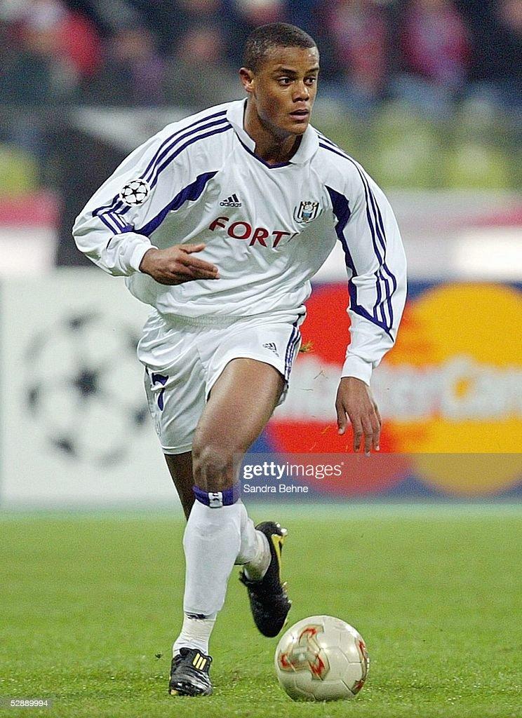 Fussball: CL 03/04, FC Bayern Muenchen - RSC Anderlecht : News Photo