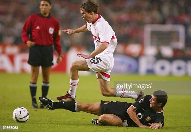 Champions League 03/04, Stuttgart; VfB Stuttgart - Manchester United 2:1; Aliaksandr HLEB/Stuttgart, Roy KEANE/ManU