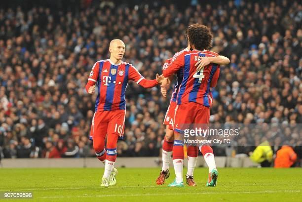 Champions League Group E Manchester City v Bayern Munich Bayern Munich's Arjen Robben Dante and Xabi Alonso celebrate Alonso's equalising goal