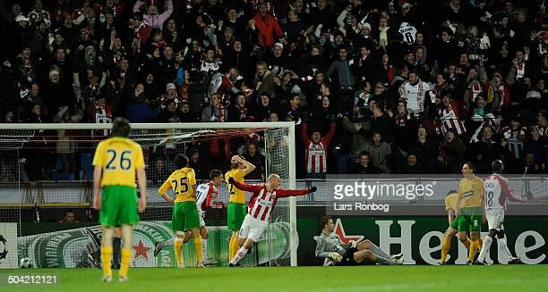 Champions League Kasper Bøgelund AAB jublefter da Celtic laver selvmål til 21 for AAB © Lars Rønbøg / Frontzonesport