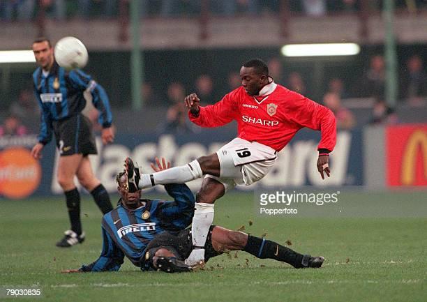 Champions League QuarterFinal Second Leg San Siro Stadium 17th March Inter Milan 1 v Manchester United 1 Manchester United's Dwight Yorke shoots past...