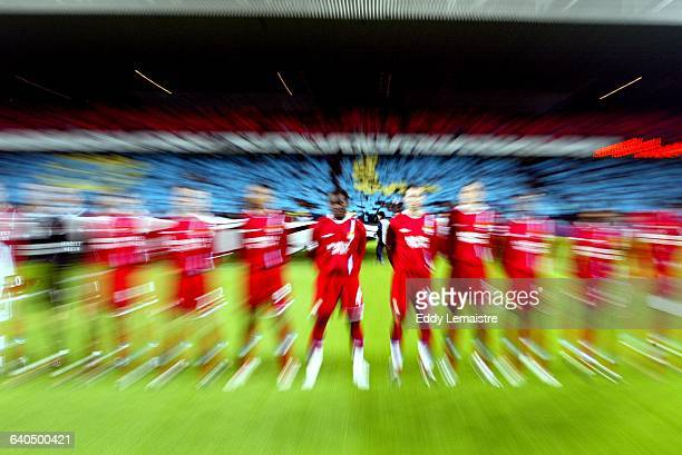 Champions League Season 2003-2004. Group A. Lyon vs FC Bayern Munich. The Olympic Lyons team. Ligue des Champions de Football, Saison 2003-2004....