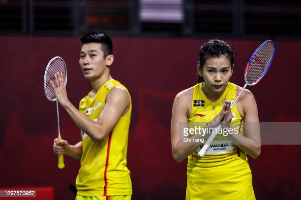 Chan Peng Soon and Goh Liu Ying of Malaysia greet Adnan Maulana and Mychelle Crhystine Bandaso of Indonesia after their Mixed Doubles second round...