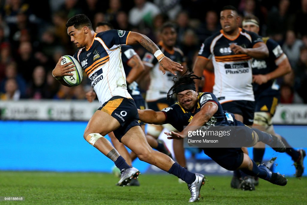 Chance Peni of the Brumbies makes a break during the round nine Super Rugby match between the Highlanders and the Brumbies at Forsyth Barr Stadium on April 14, 2018 in Dunedin, New Zealand.