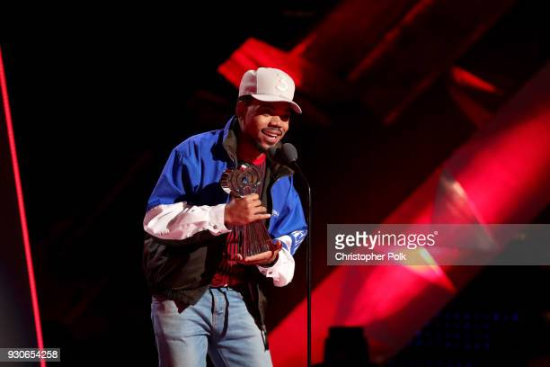 Chance the Rapper accepts the Innovator Award onstage during the 2018 iHeartRadio Music Awards which broadcasted live on TBS TNT and truTV at The...