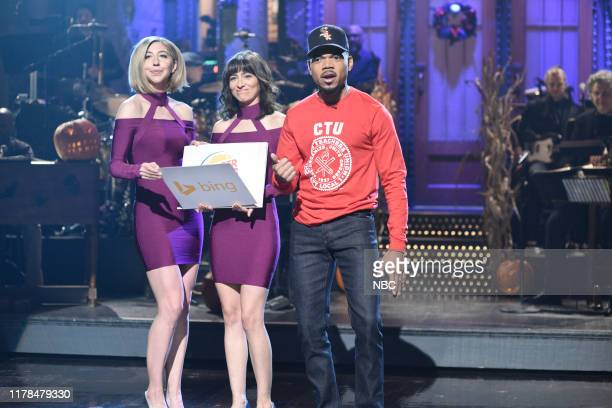 """Chance The Rapper"""" Episode 1771 -- Pictured: Heidi Gardner, Melissa Villaseñor, and host Chance The Rapper during the Monologue on Saturday, October..."""
