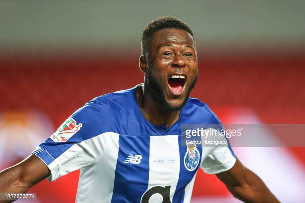 Chancel Mbemba of FC Porto celebrates scoring FC Porto second goal during the Portuguese Cup Final match between SL Benfica and FC Porto at Estadio...