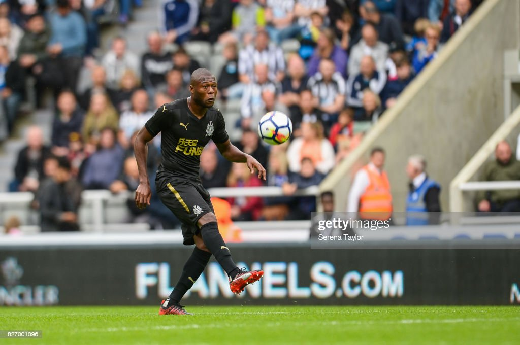 Chancel Mbemba of Newcastle United (18) controls the ball during the Pre Season Friendly match between Newcastle United and Hellas Verona at St.James' Park on August 6, 2017, in Newcastle upon Tyne, England.