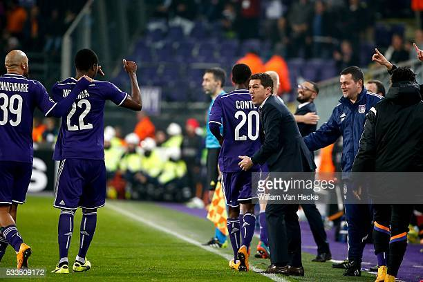 Chancel Mbemba of RSC Anderlecht celebrating his second goal with Head coach Besnik Hasi of RSC Anderlecht during the UEFA Champions League Group D...