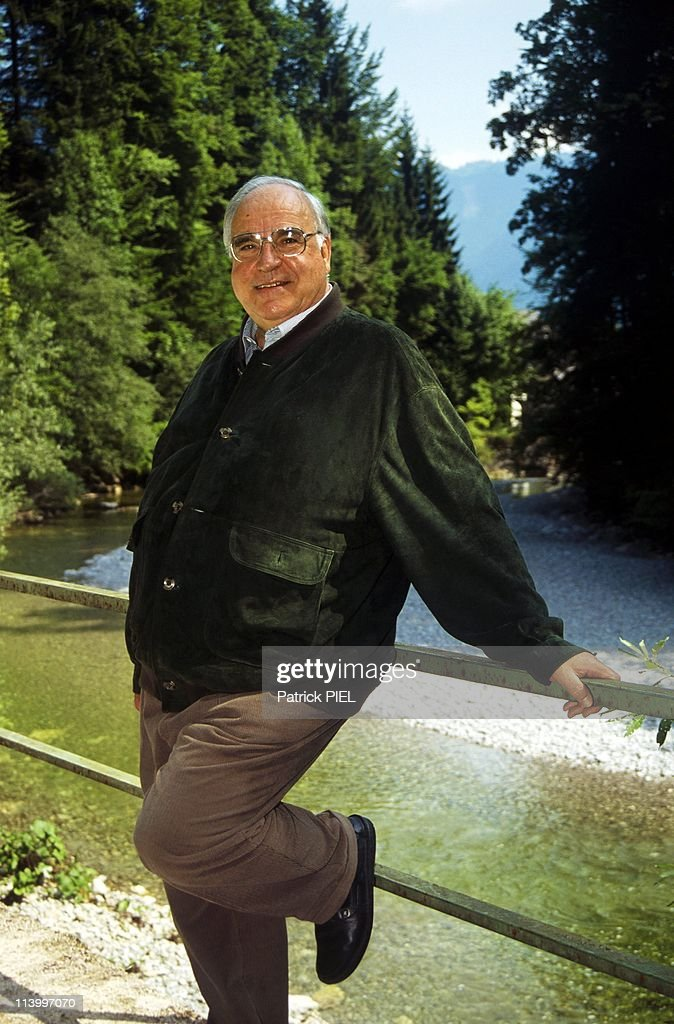 Chancellor Helmut Kohl and wife Hannelore on holidays in Sankt Gilgen, Austria on August 14, 1993.