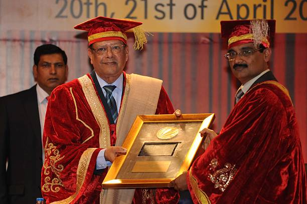 Chancellor LPU Ashok Mittal honouring Mauritius president Rajkeswur Purryag during the 4th convocation at Lovely Professional University on April 20..