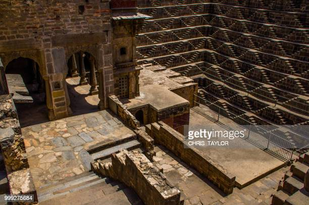 chand baori - chand baori stock pictures, royalty-free photos & images