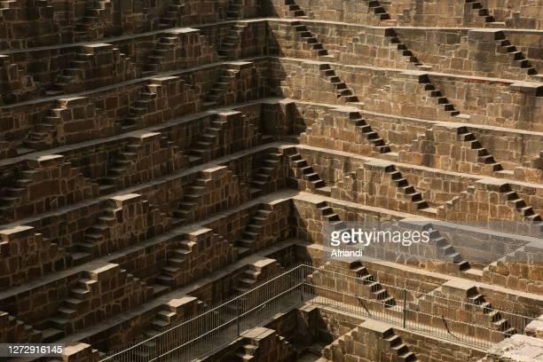 chand baori stepwell in india - stepwell bildbanksfoton och bilder