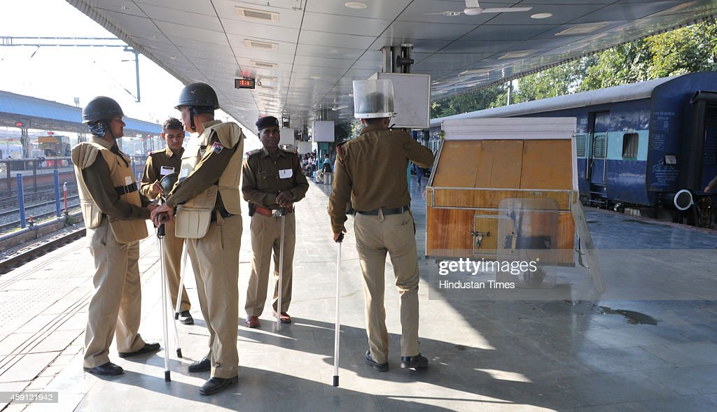 Chandigarh Police deployed outside Chandigarh railway station to check the entry of followers of godman Rampal into city on November 17 2014 in...