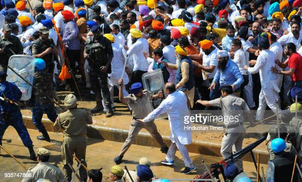Chandigarh Police lathi charge on SAD leaders and supporters during the SAD protest against Punjab Government at sector 25 on March 20 2018 in...