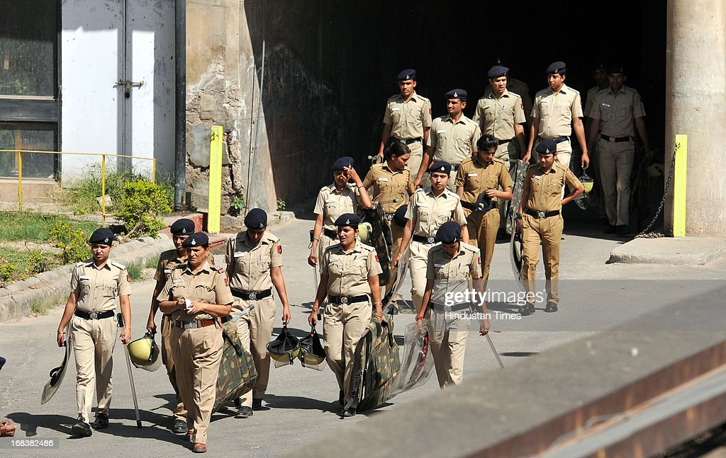 Chandigarh police security outside Mortuary of PGI Chandigarh where body of Pakistani prisoner Sanaullah Ranjay is kept on May 9 2013 in Chandigarh...