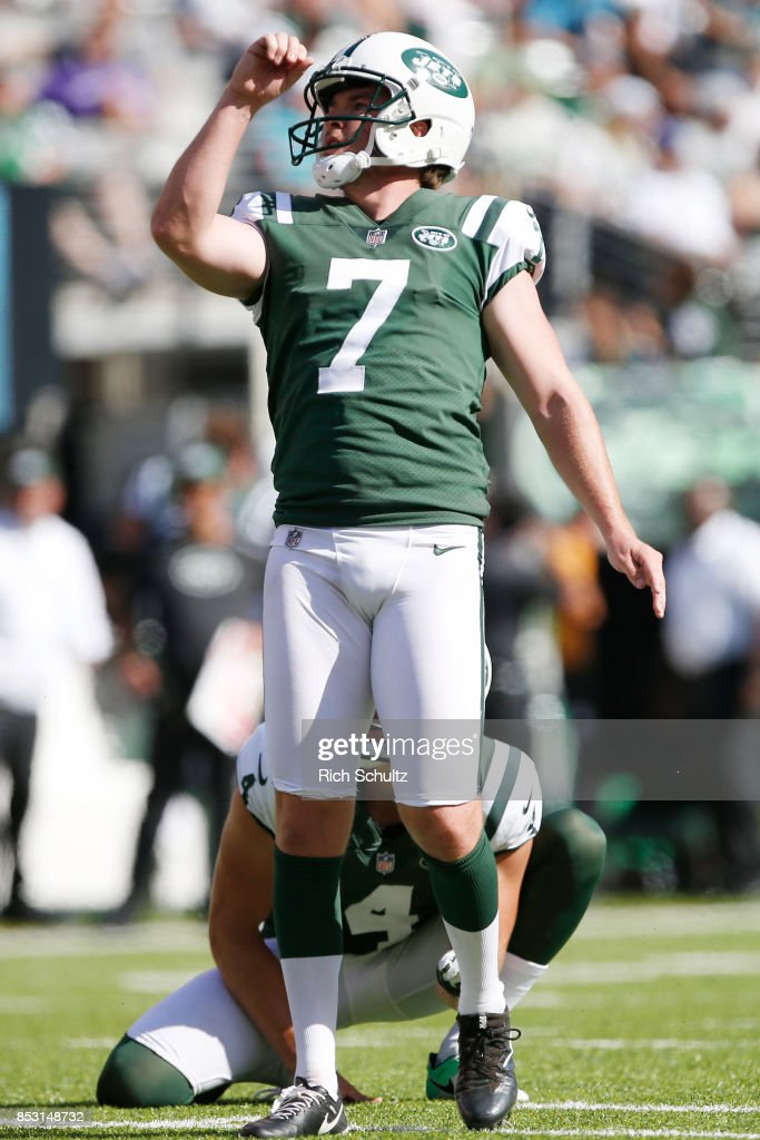 Chandler Catanzaro #7 of the New York Jets reacts after making a field goal against the Miami Dolphins during the second half of an NFL game at MetLife Stadium on September 24, 2017 in East Rutherford, New Jersey. The New York Jets defeated the Miami Dolphins 20-6.