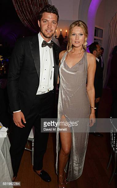 Chandler Parsons and Toni Garrn attend the de Grisogono party during the 69th Cannes Film Festival at Hotel du CapEdenRoc on May 17 2016 in Cap...