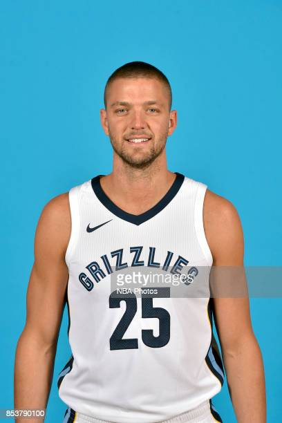 Chandler Parsons of the Memphis Grizzlies poses for a head shot during Memphis Grizzlies Media Day on September 25 2017 at FedExForum in Memphis...