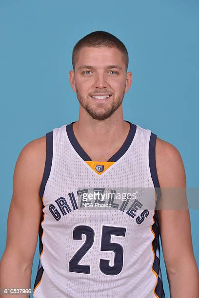Chandler Parsons of the Memphis Grizzlies poses for a head shot during the 20162017 Memphis Grizzlies Media Day on September 26 2016 at FedExForum in...