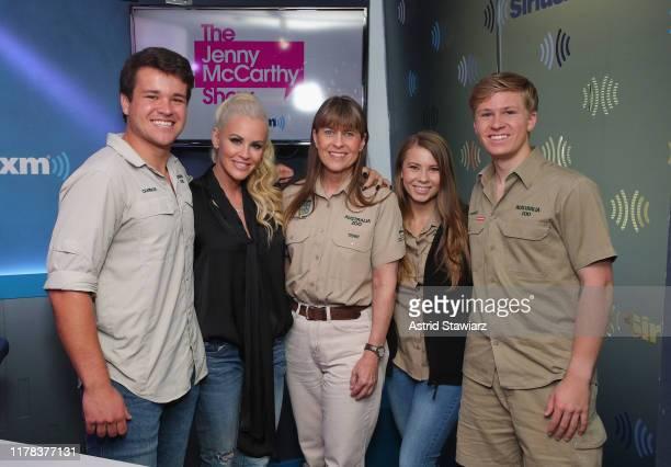 Chandler Powell, SiriusXM host Jenny McCarthy, Terri Irwin, Bindi Irwin and Robert Irwin pose for photos during 'The Jenny McCarthy Show' at SiriusXM...