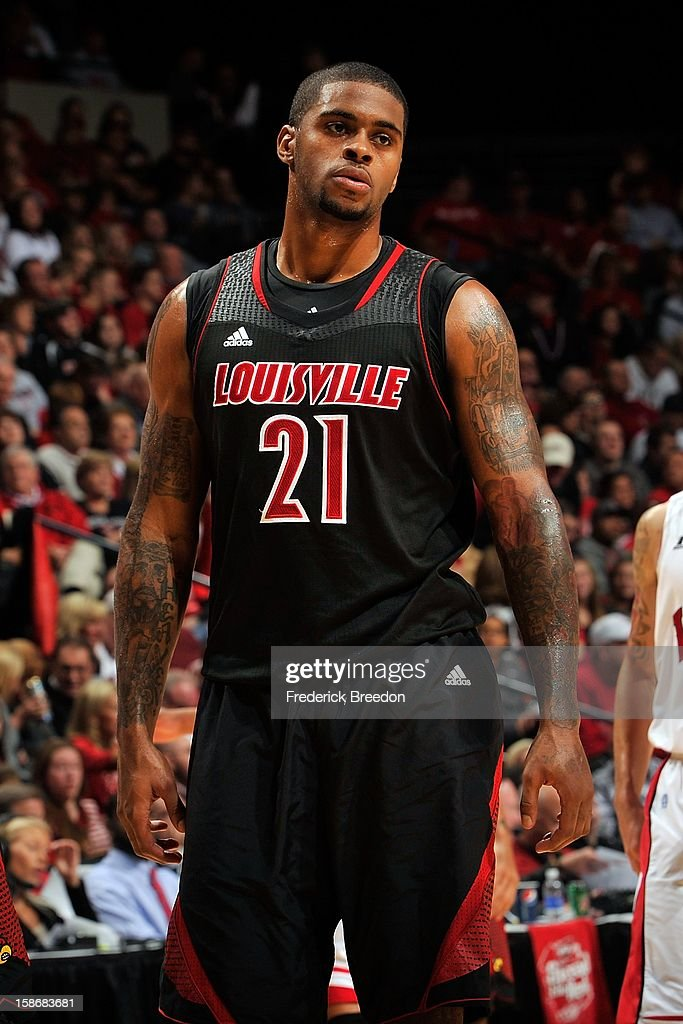 Chane Behanan #21 of the Louisville Cardinals plays against of the Western Kentucky Hilltoppers at Bridgestone Arena on December 22, 2012 in Nashville, Tennessee.