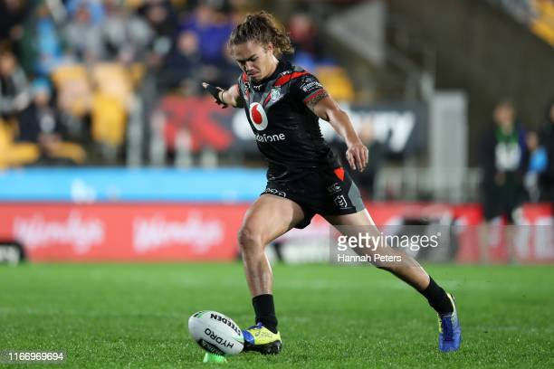 Chanel Harris-Tavita of the Warriors kicks a penalty goal during the round 21 NRL match between the New Zealand Warriors and the Manly Warringah Sea...
