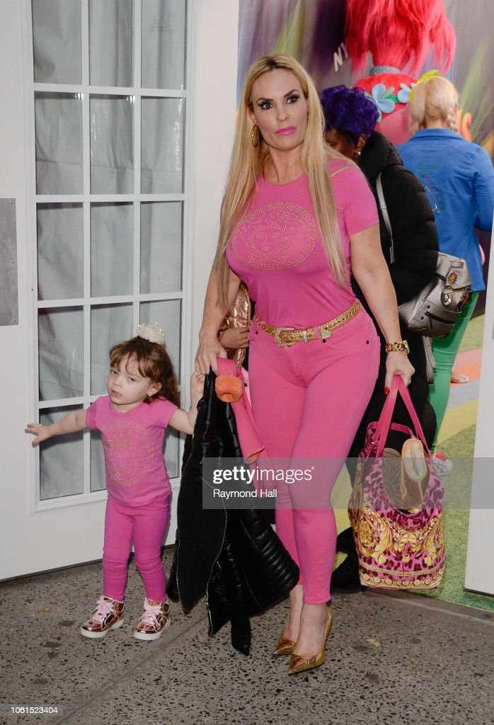381bd073796a6 Chanel Nicole Marrow and Nicole  Coco  Austin is seen on November ...
