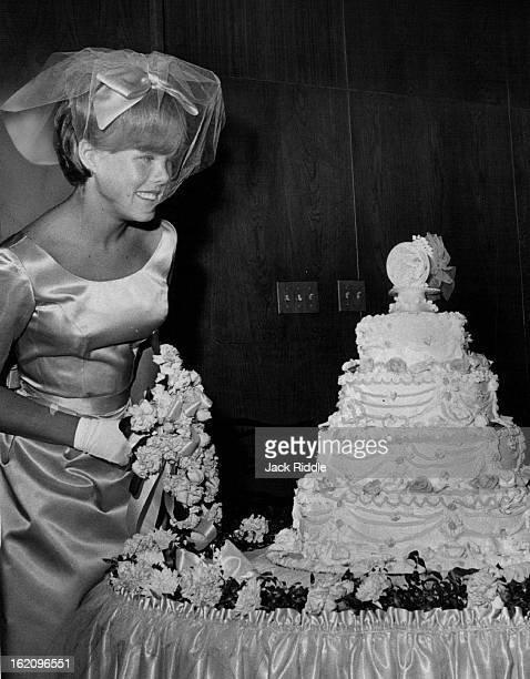SEP 5 1964 SEP 8 1964 Changed a Lot in 12 Years Twelve years later Andrea was a bridesmaid in the wedding of her brother Stephen and Sharon Kelly at...