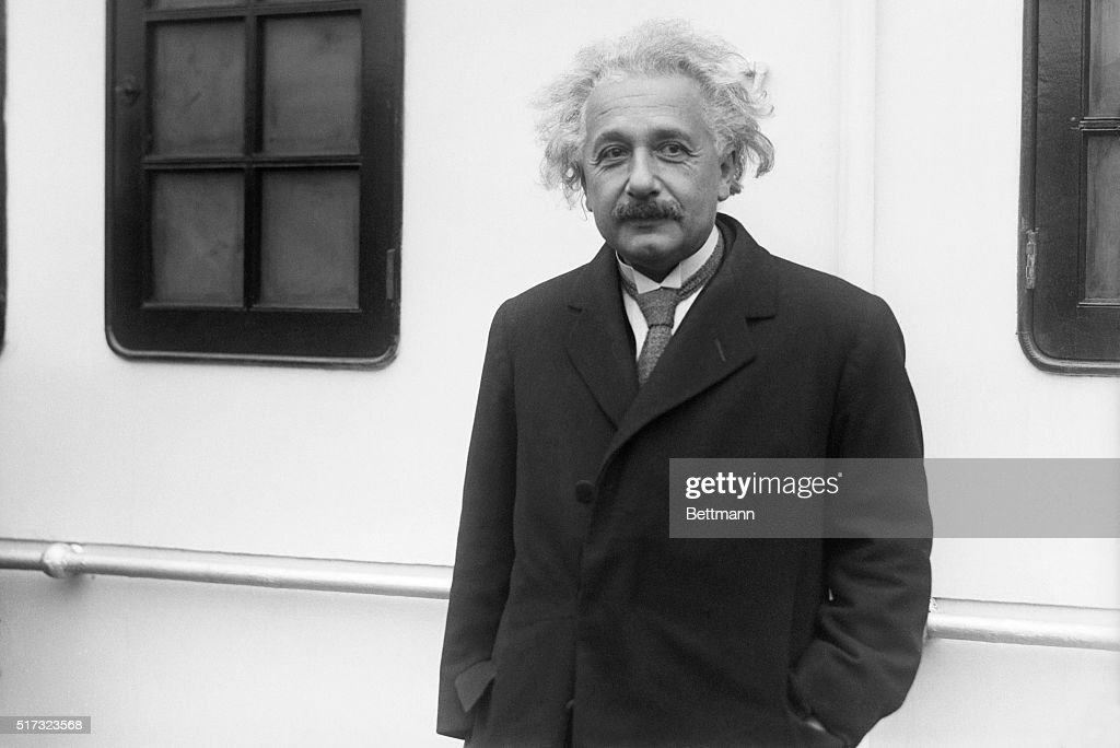 Albert Einstein Arrives in New York : News Photo