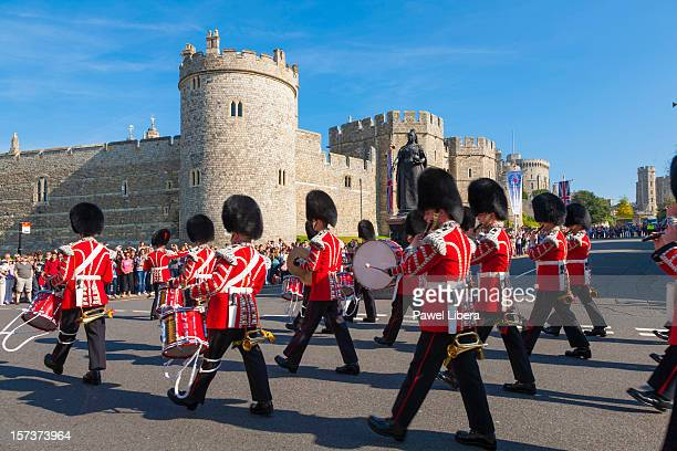 changing of the guard at the windsor castle - windsor castle stock pictures, royalty-free photos & images