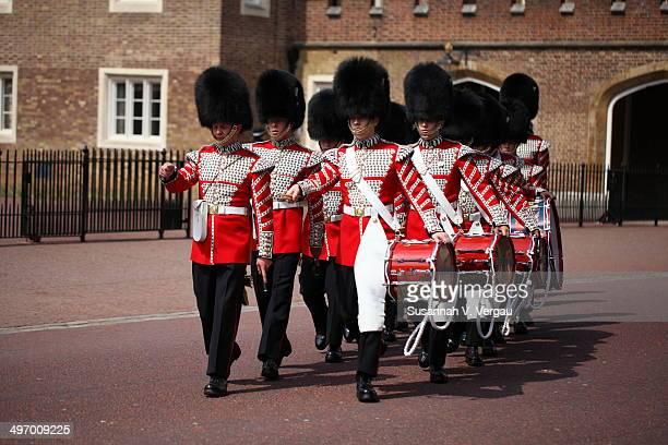 CONTENT] Changing of the Royal Guard on the 5th of May