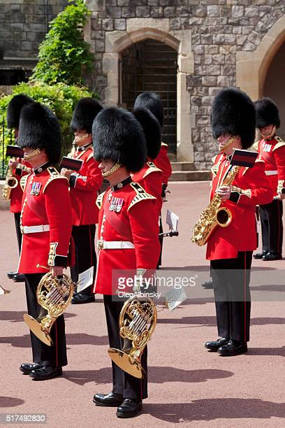 changing the guard at windsor castle, berkshire, england. - windsor castle stock pictures, royalty-free photos & images