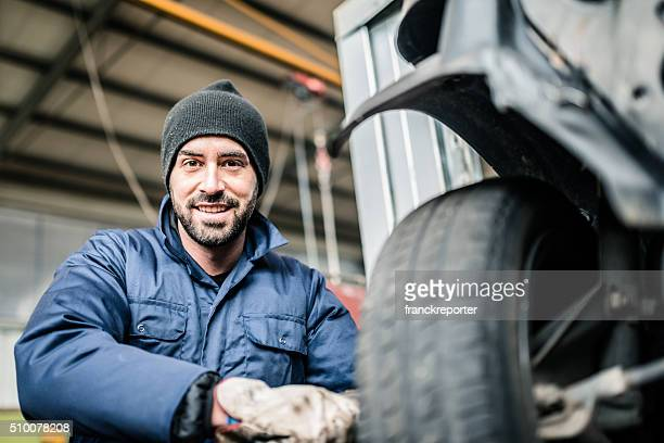 changing the tire - dismantling stock pictures, royalty-free photos & images