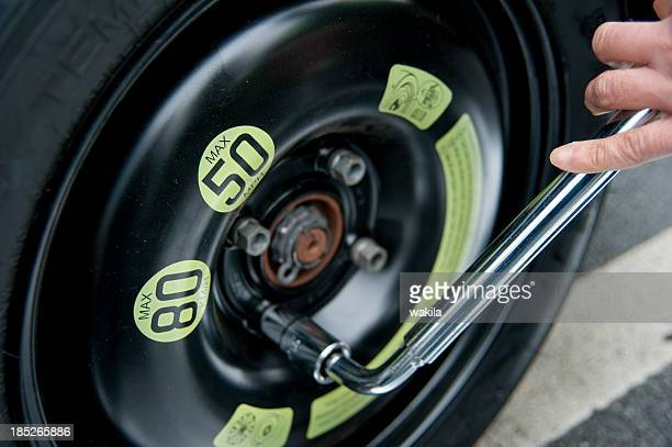 changing tires after accident - spare part stock pictures, royalty-free photos & images